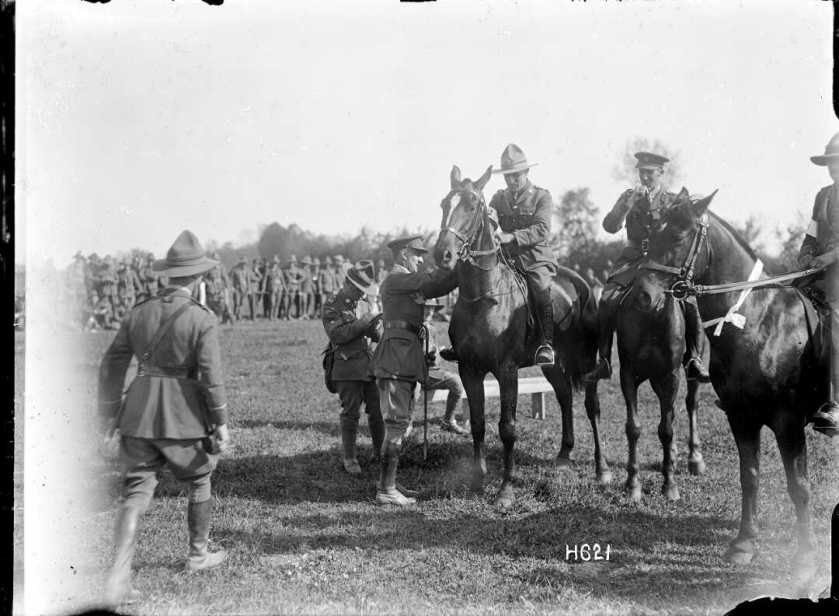 nlnzimage 1-2 013228-G winner of the officers jumping event, 20 May 1918
