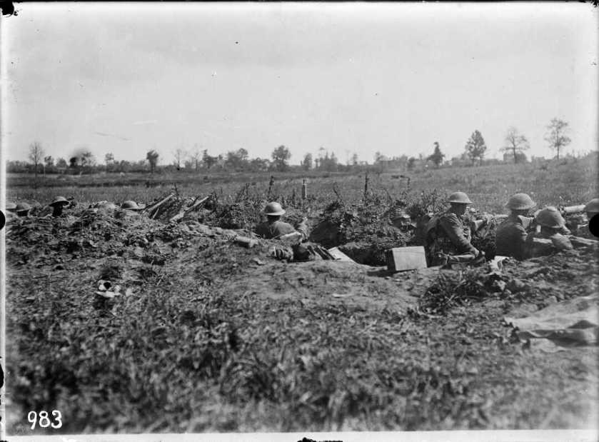 nlnzimage 1-2 013552-G Wellington Regiment waiting to enter Bapaume, 29 August 1918