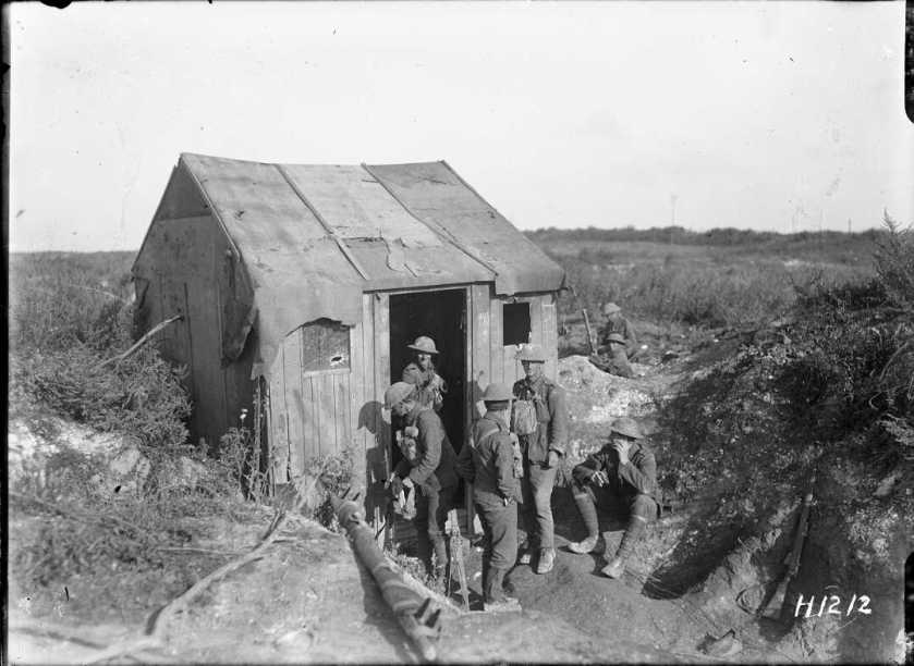 nlnzimage 1-2 013759-G NZ troops with a captured German hut, Bapaume, 27 Aug 1918