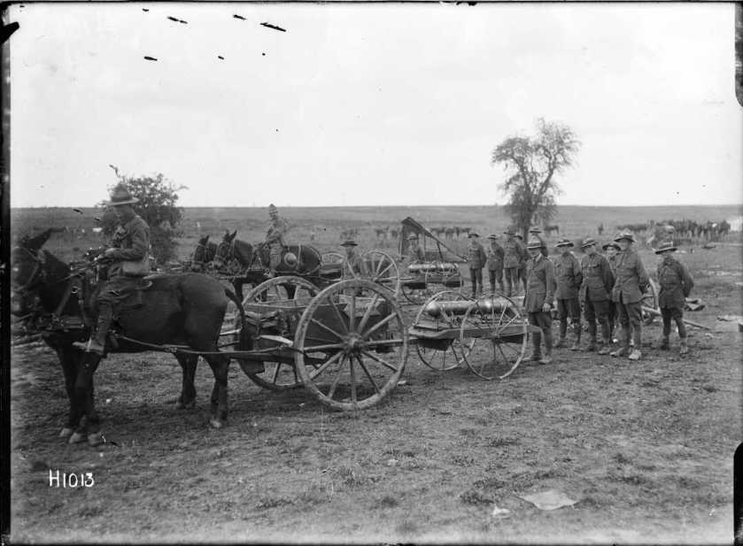 nlnzimage 1-2 013579-G Mobile trench mortars, NZ troops, 8 Sep 1918