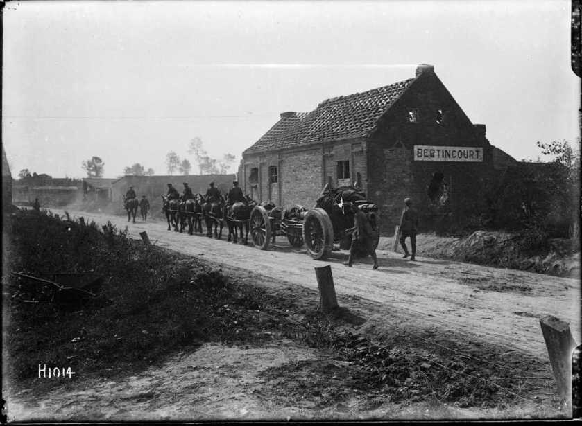 nlnzimage 1-2 013580-G Horses pulling 60pdr gun through Bertincourt, 8 Sep 1918