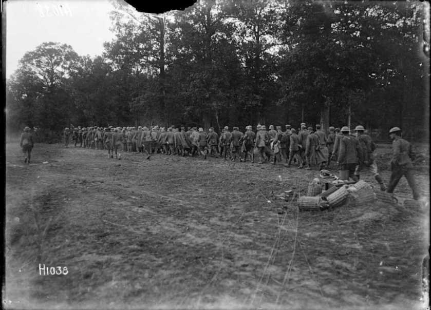 nlnzimage 1-2 013603-G German prisoners passing Havrincourt Wood, 16 Sep 1918