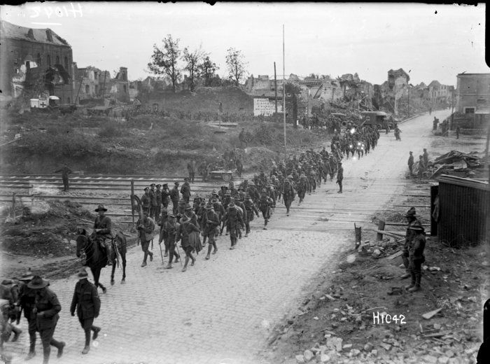 nlnzimage 1-2 013607-G NZ battalion passing through Bapaume, 14 Sep 1918